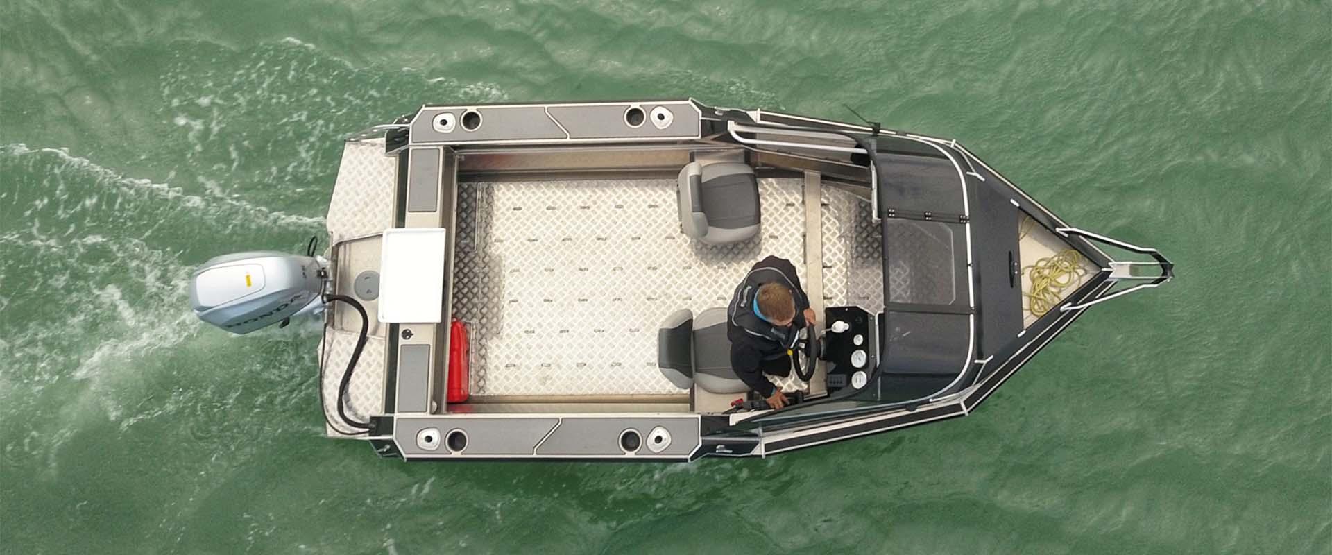 DNa Boats 502XC - Rodney Marine 4